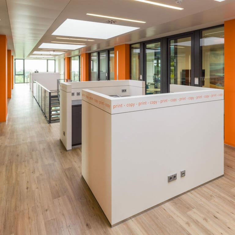 Kopiersation und Teeküche im offenen Office Enviroment