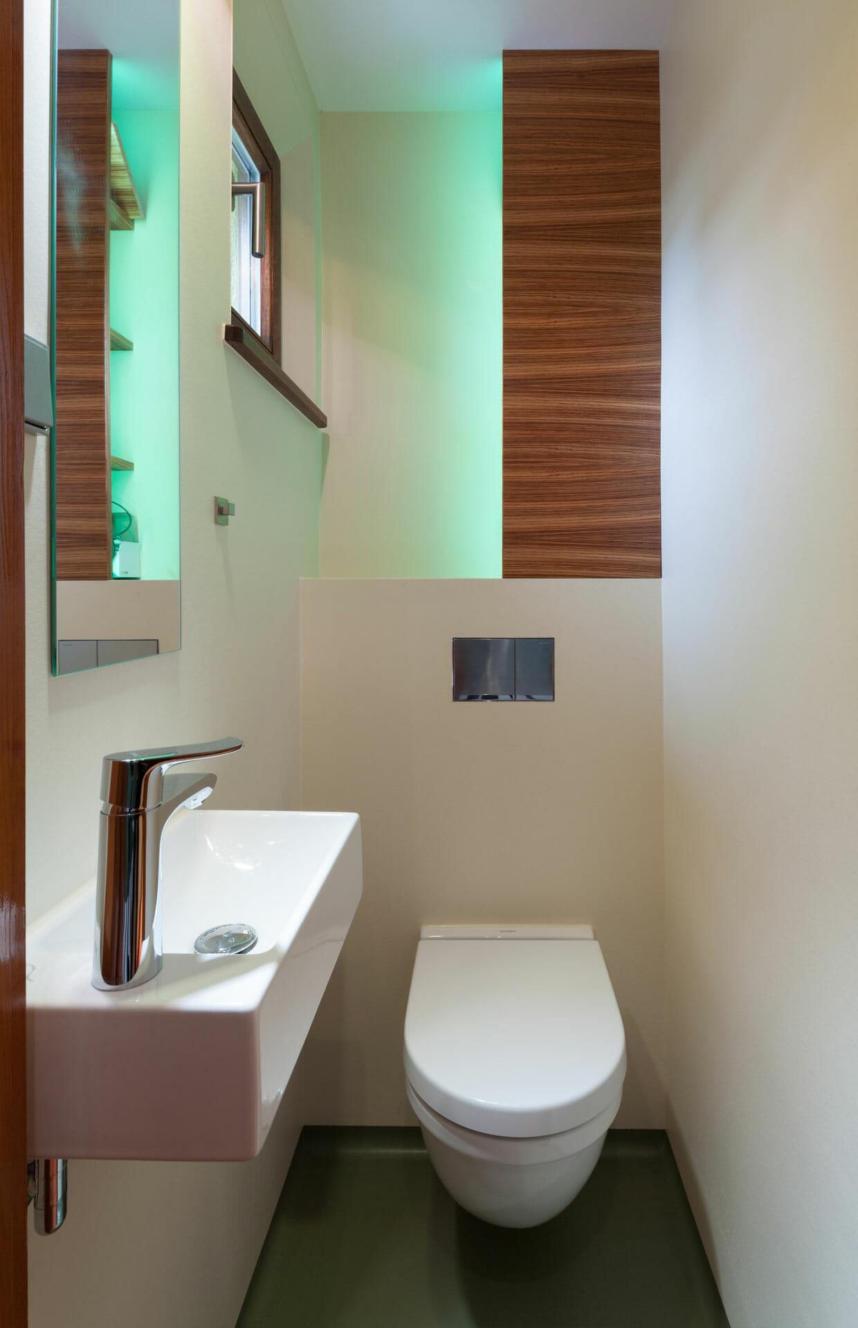 elegantes Stauraummöbel für Gäste WC | dieMeisterTischler