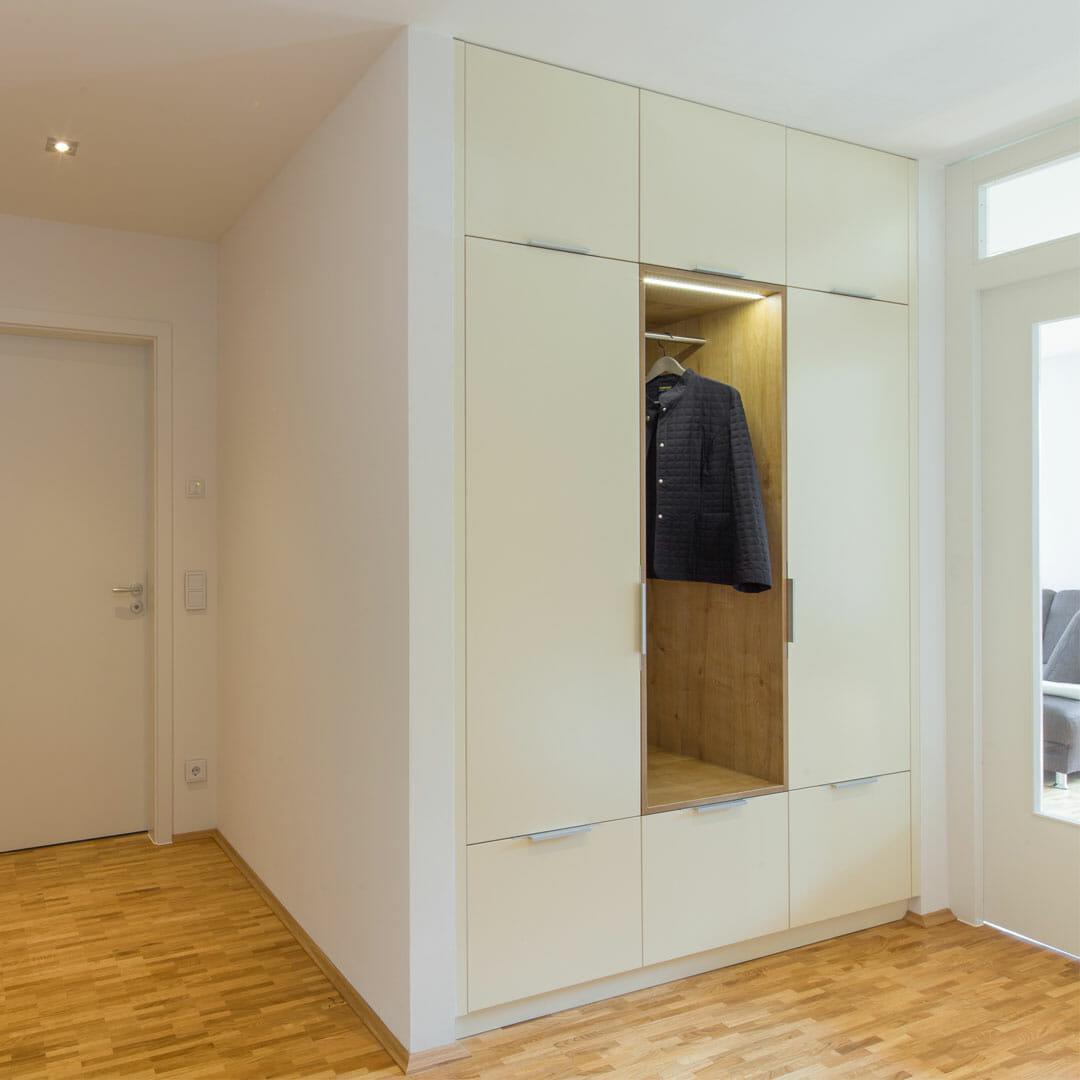 wohnliche flurm bel nach ma diemeistertischler. Black Bedroom Furniture Sets. Home Design Ideas